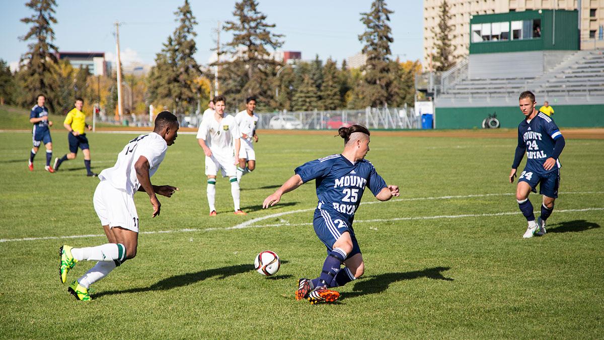 Sports-Joshua-Storie-Bears-Soccer-6