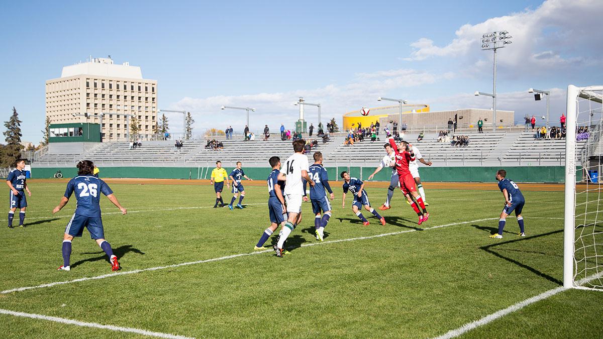 Sports-Joshua-Storie-Bears-Soccer-7