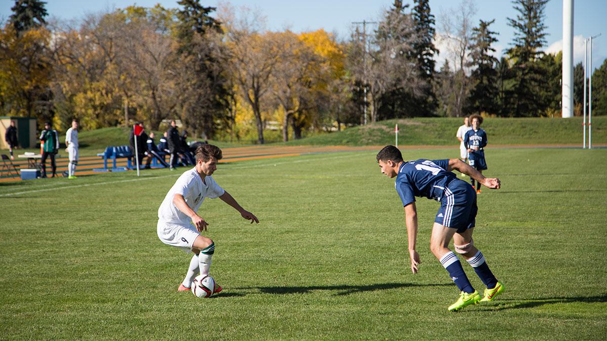 Sports-Joshua-Storie-Bears-Soccer-8