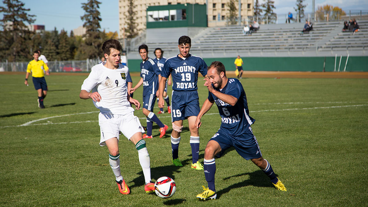 Sports-Joshua-Storie-Bears-Soccer-9