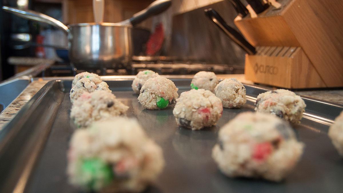 Arts-Jon-Zilinski-DIY-Christmas-Cookies-in-Jar-6
