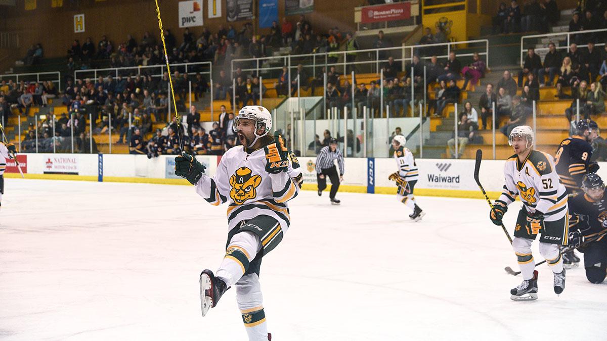 Sports-Ruilin-Fu-Bears-Hockey-Varsity-Sports-Roundup-3