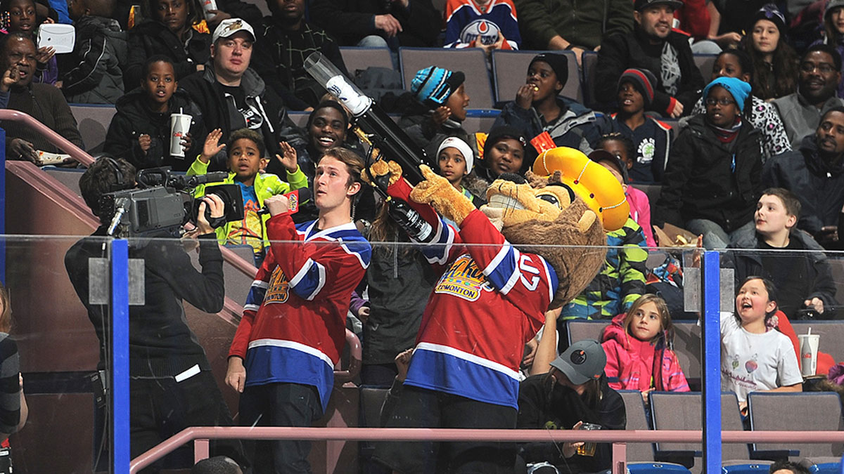 Arts-Supplied-Credit-Photo-by-Andy-DevlinEdmonton-Oil-Kings-Hockey-Club-Chris-Borger-2