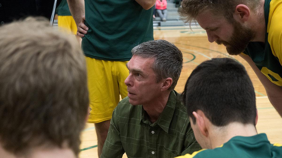 Sports-Richard-Liew-Bears-Volleyball-8