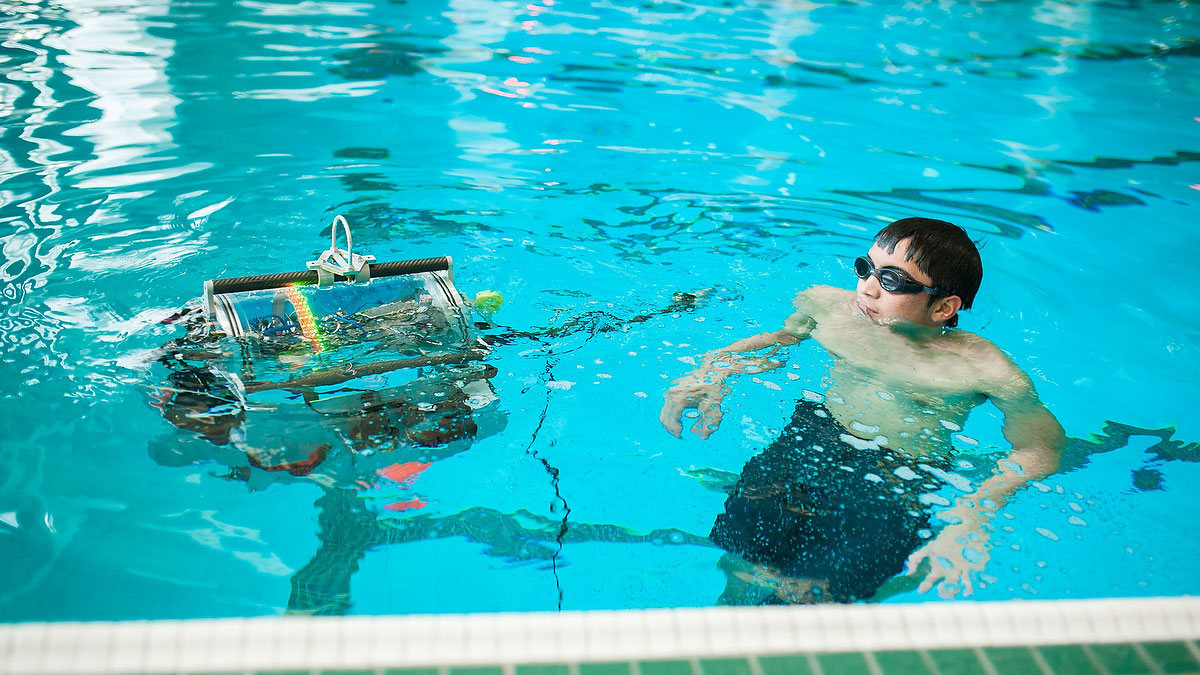 News-Supplied-Credit-Demetri-Gianni-Water-Robot-1